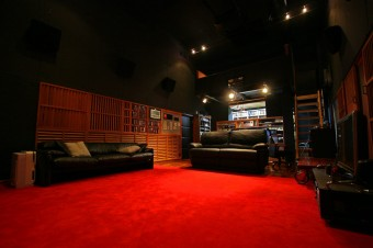 jbl_theaterroom2
